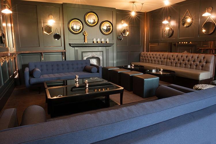 LDN Grill Interior of modern sofas and lighting photography