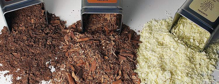 Marimba chocolate shavings out of tins with Marimba label design
